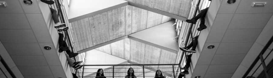 """Acción colectiva """"Con los pies en el aire"""" de la mano de Roberto de la Torre, el jueves en la Facultad"""